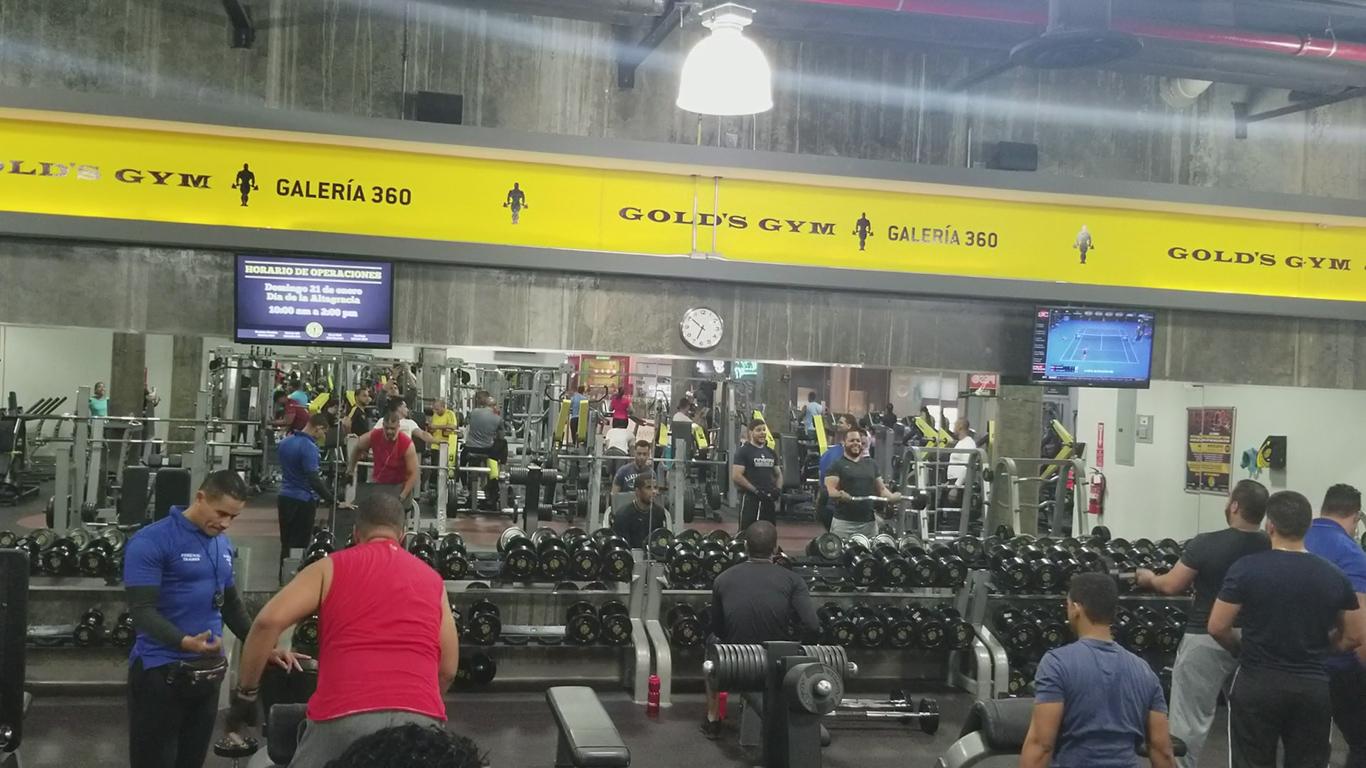 Gold's Gym Galería 360 - Mancuernas